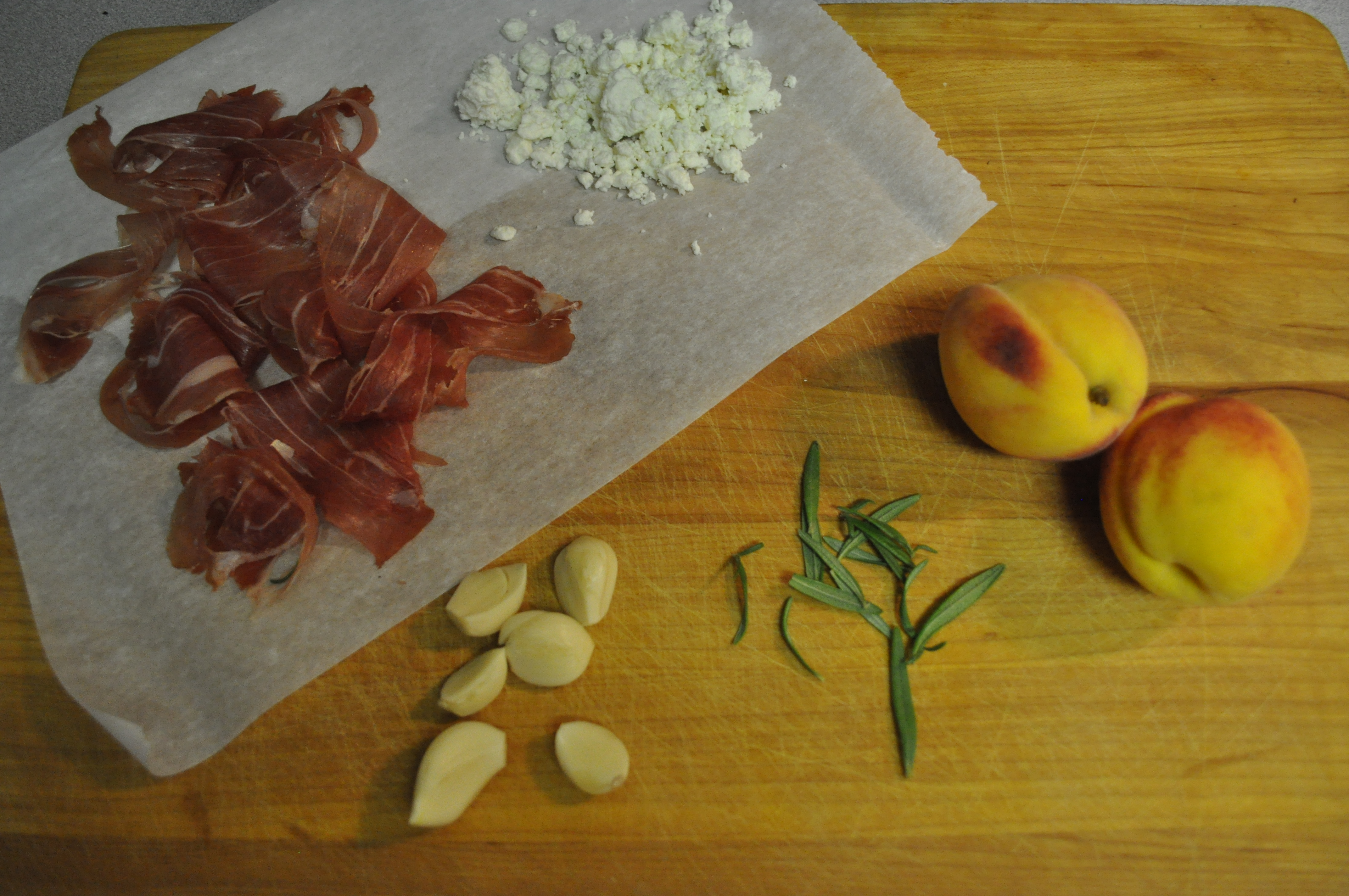 prosciutto peach pizza ingredients