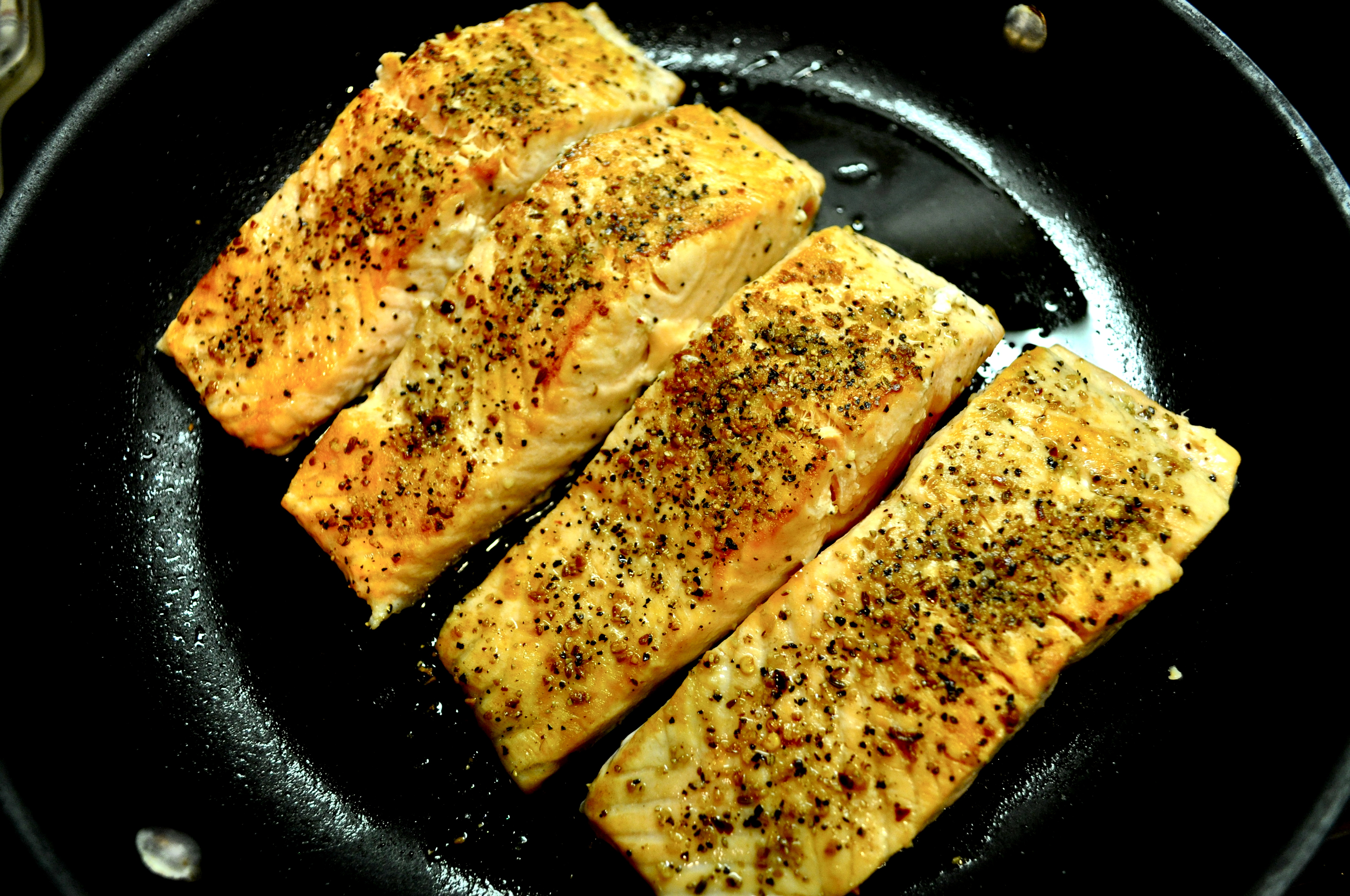 honey glazed salmon with caramelized figs