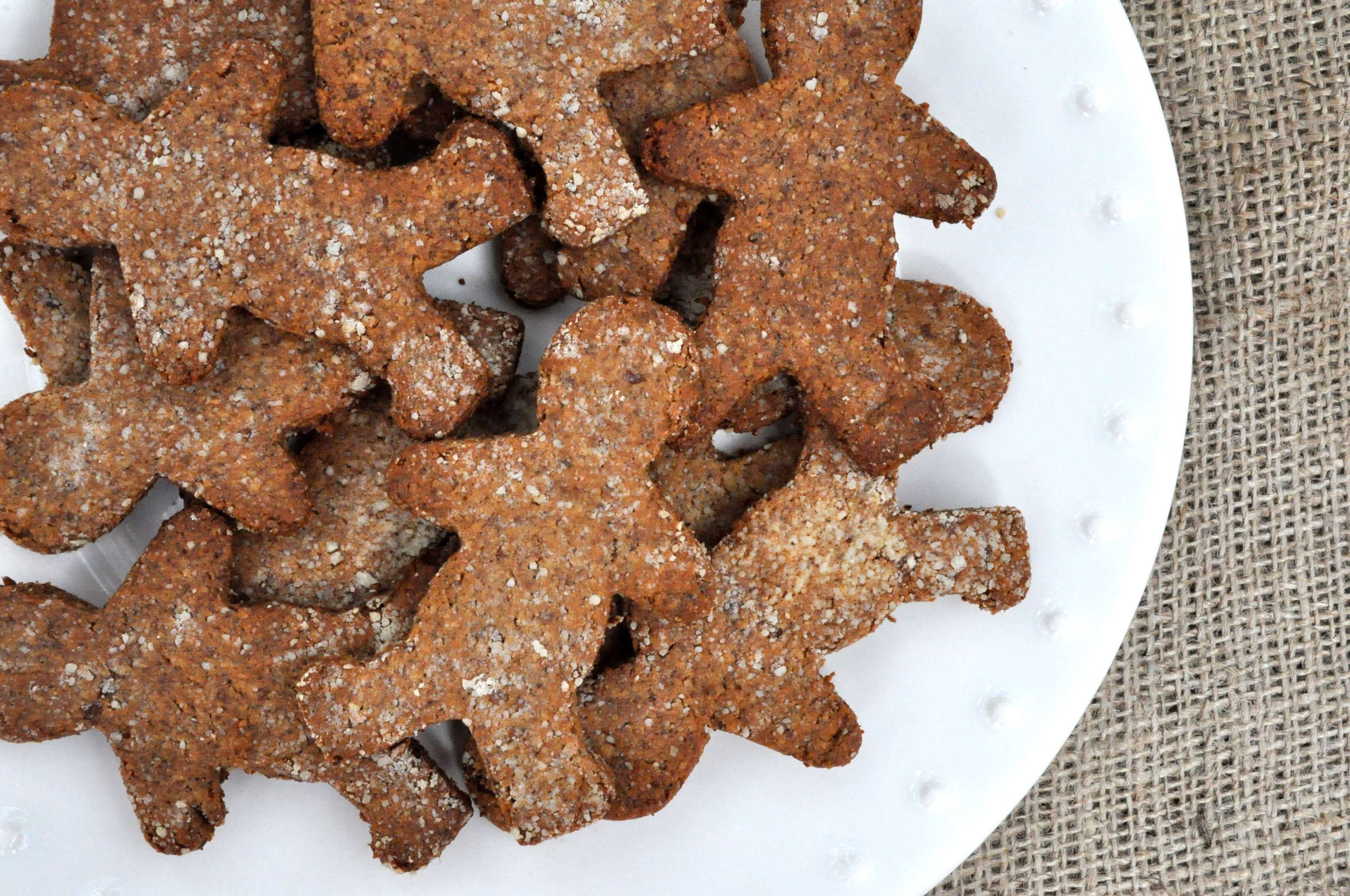 Paleo Spicy Gingerbread Cookies - Fed & Fit